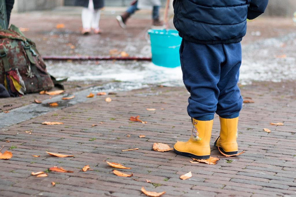 laarsjes in de regen